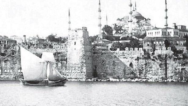 Doğu Roma İmparatorluğu Döneminde 'Sahil Saray' Niteliği Taşıyan Bukoleon Sarayı, İBB Tarafından Restore Ediliyor.